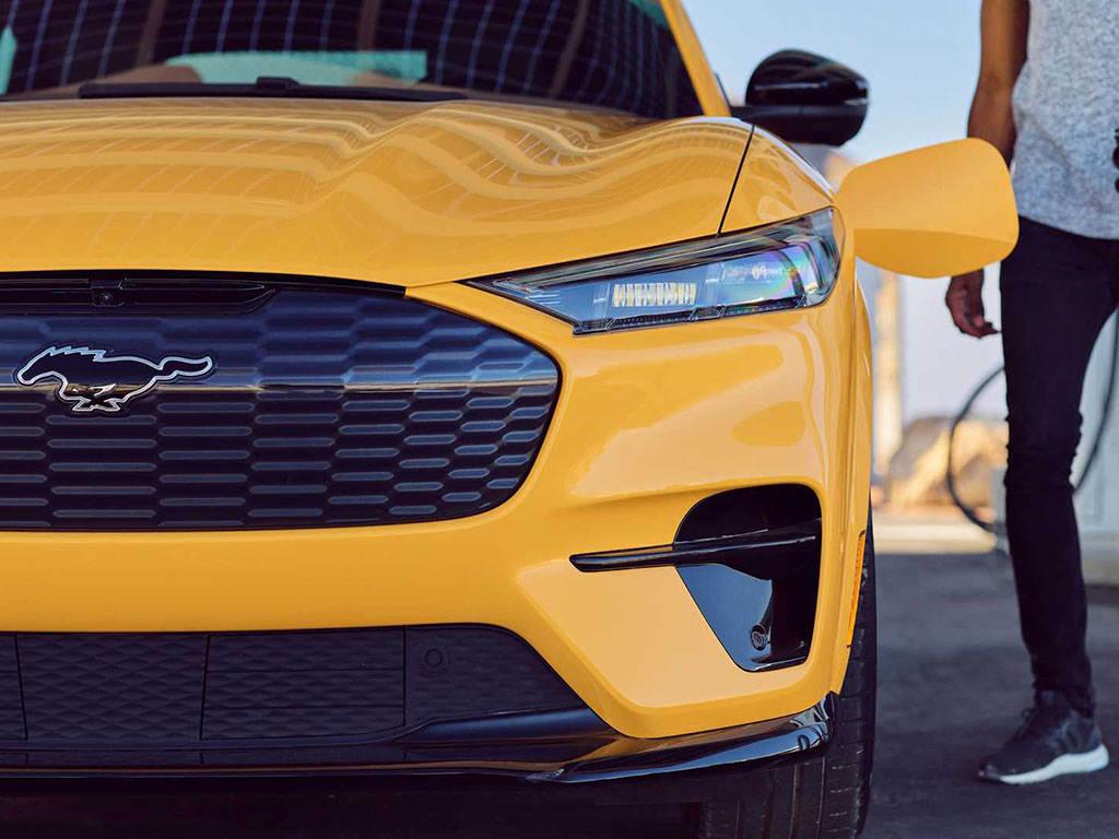 3.5秒破百/2021年夏末交付 福特Mustang Mach-E GT官图发布